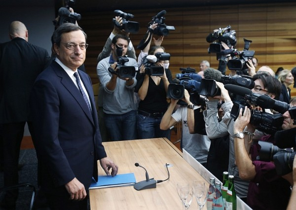 Draghi in conferenza stampa alla Bce